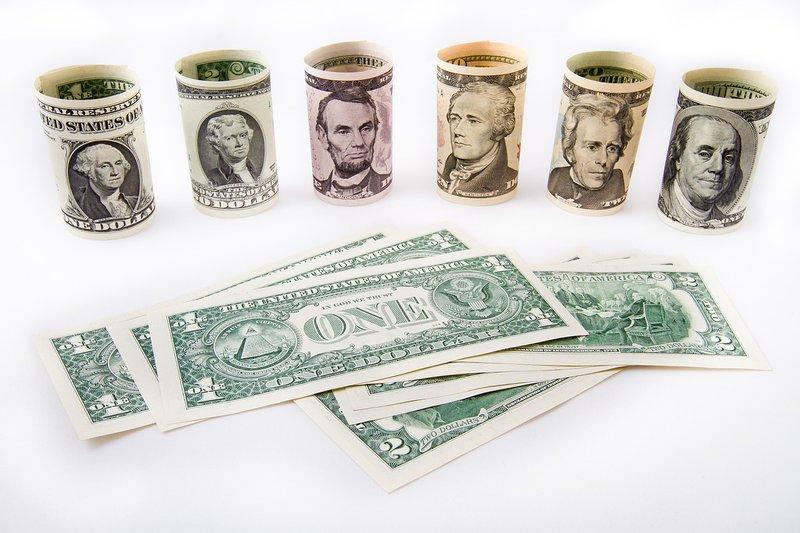 dollar-1974692_1280.jpg