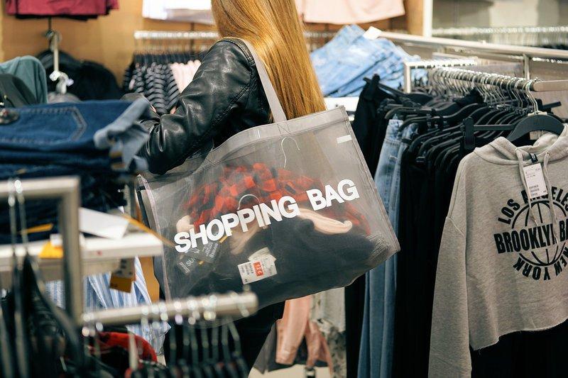 evitar-obligacion-comprar.jpg
